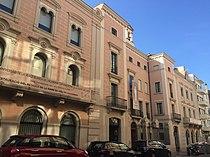 Edifici al Carrer Acadèmia, 13.jpg