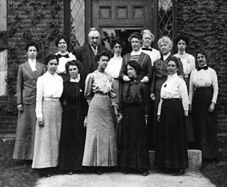 Edward Charles Pickering - Pickering and the Harvard Computers, standing in front of Building C at the Harvard College Observatory, 13 May 1913