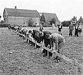 Eerste spade woningbouw Culemborg, Bestanddeelnr 904-7422.jpg