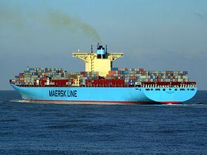 Eleonora Maersk pE 9321500, leaving Port of Rotterdam, Holland 25-Jan-2007.jpg