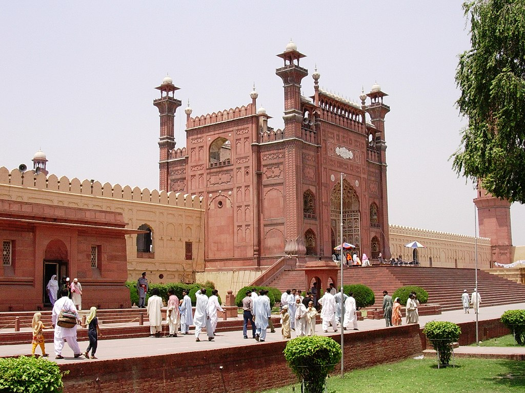 Image result for badshahi mosque