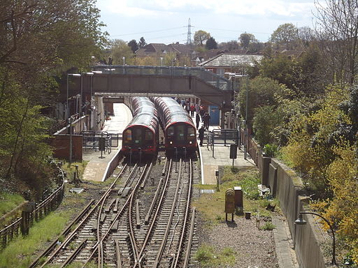 Epping underground station (geograph 2910394)
