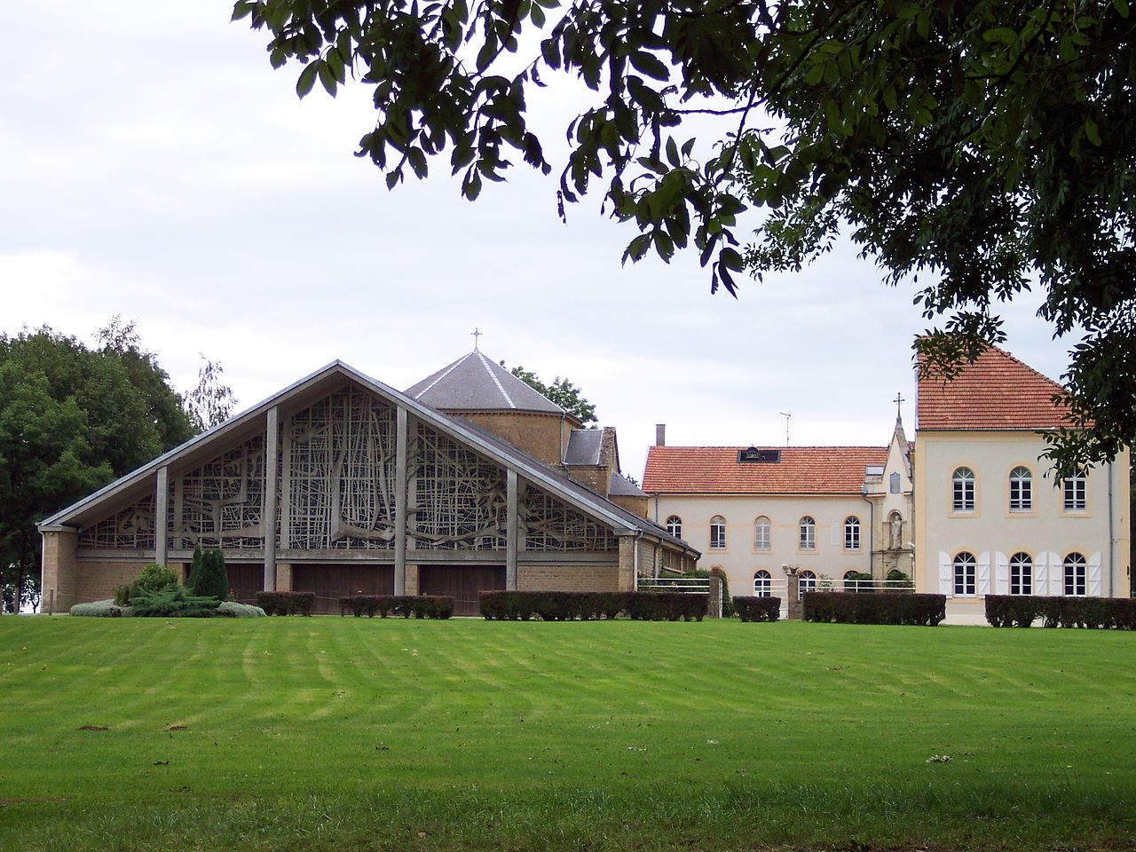 Ermitage de Saint Walfroy.JPG