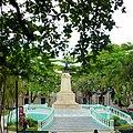 Estatua del general Manuel Cepeda Peraza en el Parque Hidalgo de Mérida, Yucatán - panoramio.jpg