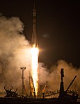 Expedition 55 Launch (NHQ201803210017).jpg