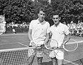 Finale van het internationale tennistoernooi te Hilversum Links Brichant, rechts Legenstein, Bestanddeelnr 910-5646.jpg