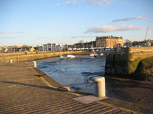 Fisherrow - Image: Fisherrow Low Tide