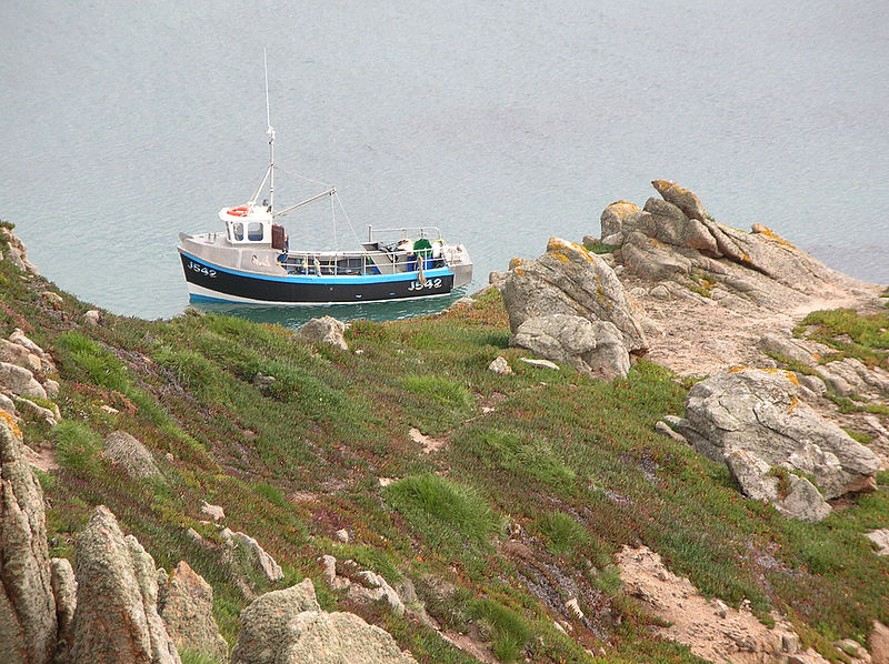 File fishing boat in the jersey channel for Channel islands fishing