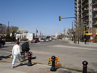Broadway Avenue (Saskatoon) - Five Corners intersection
