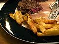 Flickr - cyclonebill - Entrecôte med pommes frites og gorgonzolasauce.jpg