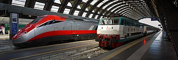 Frecciarossa and E.444R at Milano Centrale.jpg