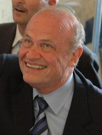 Thompson in Dallas on July 25, 2007 Fred Thompson visits Dallas.jpg