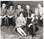 Gamliel-Aliza with Foreign Journalists in Vienna.jpg