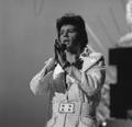Gary Glitter - TopPop 1974 2.png