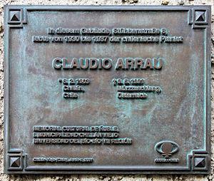 Memorial plaque, Claudio Arrau, Stübbenstraße ...