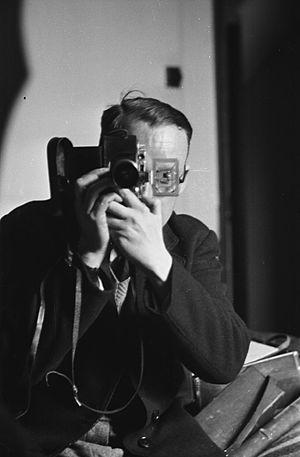 Geoff Charles - Image: Geoff Charles self portrait, 1945