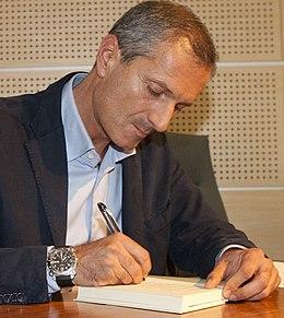 Gianrico Carofiglio (cropped).jpg