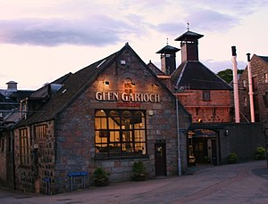 English: Glen Garioch Distillery Distilling ca...