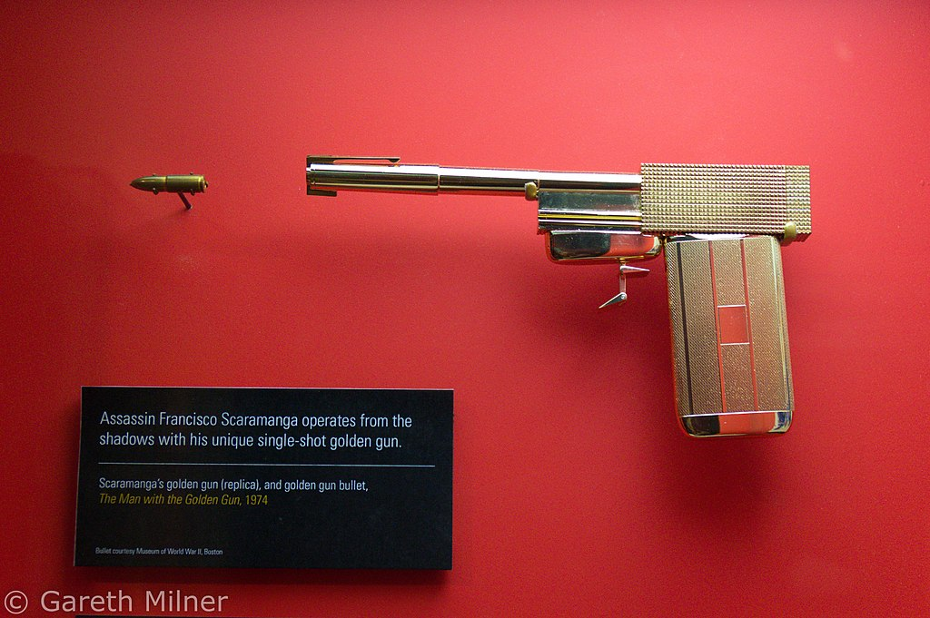 Golden Gun - International Spy Museum (14592496766)