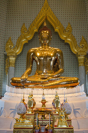 Golden Buddha (statue) - The golden buddha at Wat Traimit