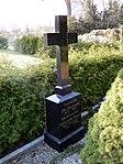 Grabmal Margarete Weigelt und Otto Bergmann 1879-1975 Stadtrat (Ballenstedt).jpg