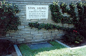 Grave of Stan Laurel.jpg