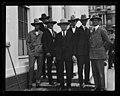 Group at White House, Washington, D.C. LCCN2016887286.jpg