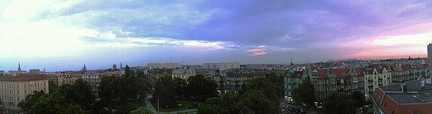 Polski: Panorama osiedla Centrum (plac Grunwaldzki)