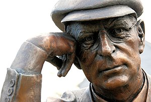 close-up of the statue of Harry Ferguson