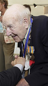 Henry Allingham in June 2006.jpg