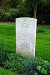 Heverlee War Cemetery - Garland2.jpg