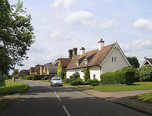 Sutton, Bedfordshire - Image: High Street, Sutton, Beds geograph.org.uk 174995