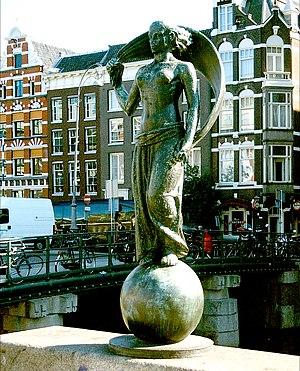 Muntplein, Amsterdam - Image: Hildo Krop Vrouwe Fortuna