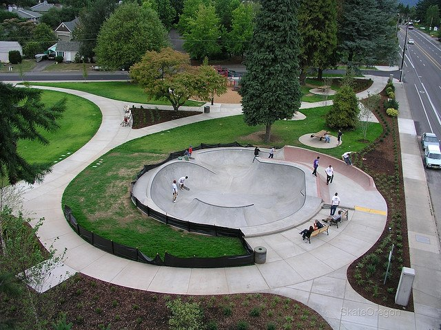 Holly Farm Park (Portland, Oregon)