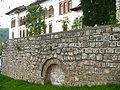 Horezu stone wall.JPG
