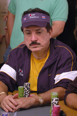 Humberto Brenes tijdens de World Series of Poker