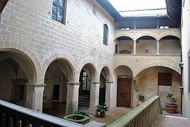 III Castello di Montegufoni, Itália 4 (2) .jpg