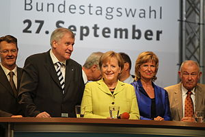 Dagmar Wöhrl - Wöhrl with members of her party at Germany federal election