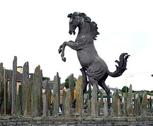 Horseleap - Horse sculpture in Horseleap