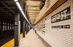 IND Concourse Line - East 167th Street Station.jpg