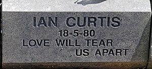 Macclesfield Cemetery - Image: Ian Curtis post 2008 memorial stone at Macclesfield Cemetery