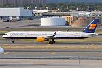 Icelandair, TF-FIX, Boeing 757-308 (19994353998).jpg