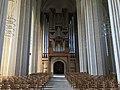 Innenansicht-mit-Orgel-in-der-Grundtvigskirche.jpg