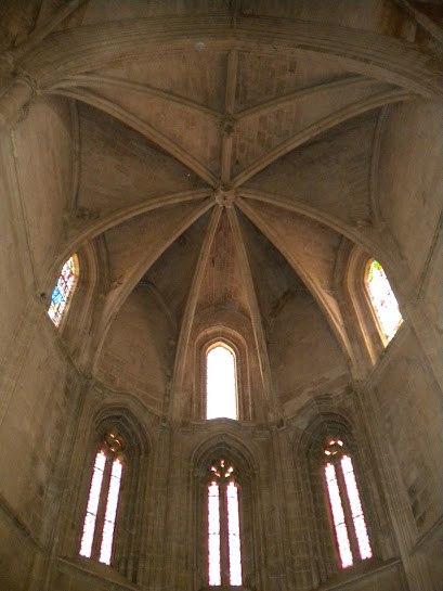 Interior photo - Santa María la Real Church Aranda de Duero in Spain.jpeg