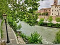 Isola Tiberina e Lungotevere de' Cenci (Roma) 30.jpg