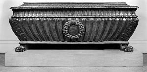 Cassone - Walnut cassone in the form of an Antique sarcophagus, Rome, 16th century (Walters Art Museum)