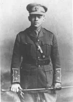 Ze'ev Jabotinsky - Lt Jabotinsky in uniform of 38th RF
