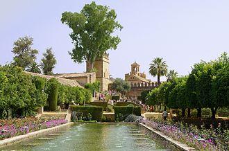 """Alcázar de los Reyes Cristianos - The """"torre del Homenaje"""" and the """"torre de los Leones"""", view from the gardens"""