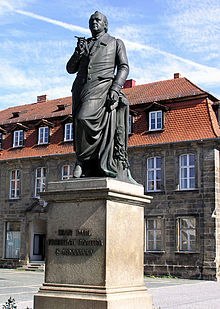 Jean-Paul-Denkmal in Bayreuth (Quelle: Wikimedia)