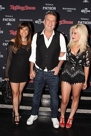 Jimmy Barnes - Jimmy Barnes with his wife Jane and his daughter Elly-May (2013)